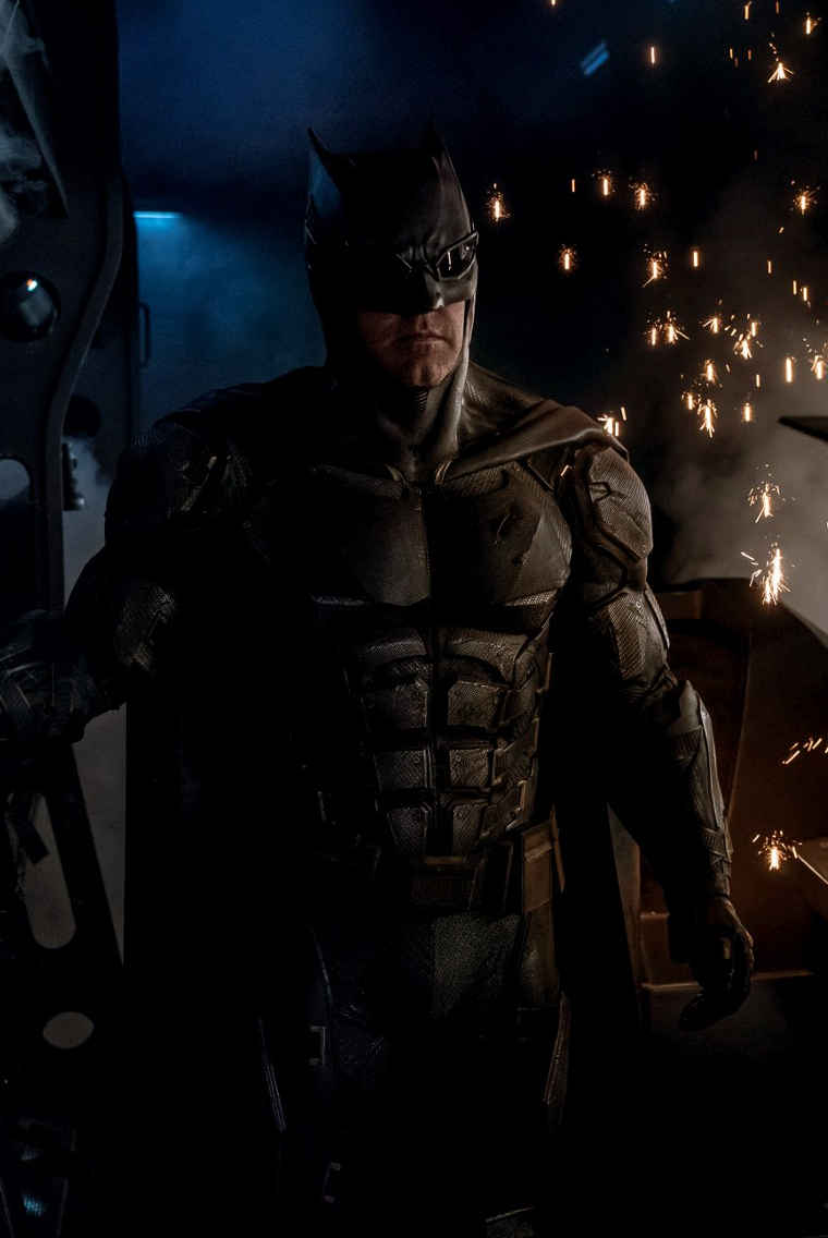 tacticalbatsuit_crop